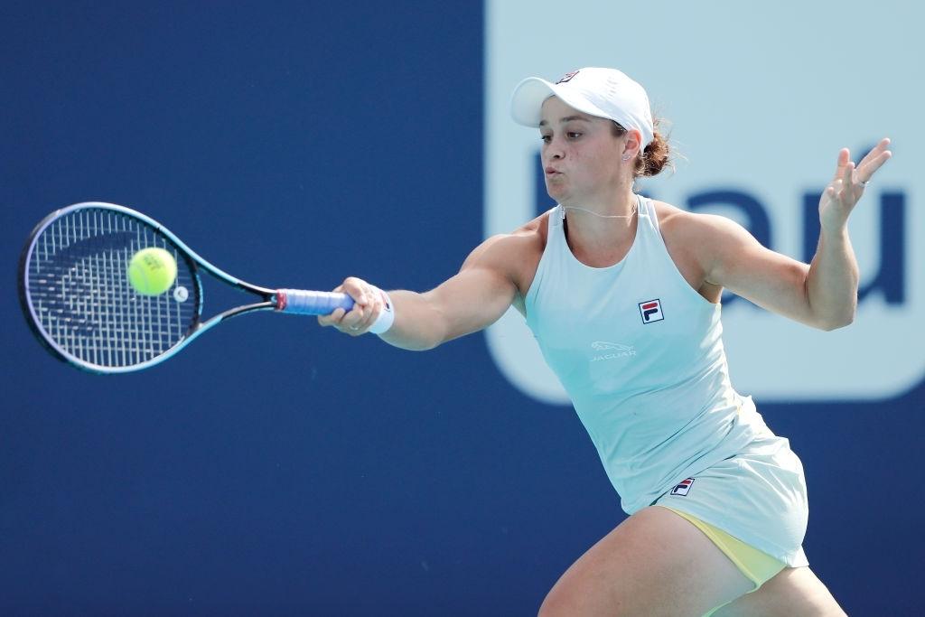 WTA Miami: Ashleigh Barty takes down Aryna Sabalenka to keep title and top-ranking defences alive