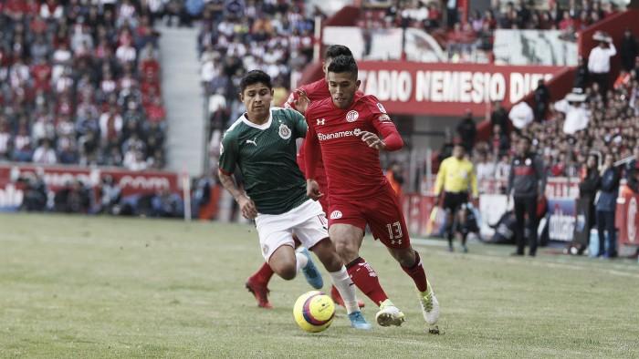 Osvaldo González fue titular en empate de Toluca ante Chivas — Fútbol Mexicano