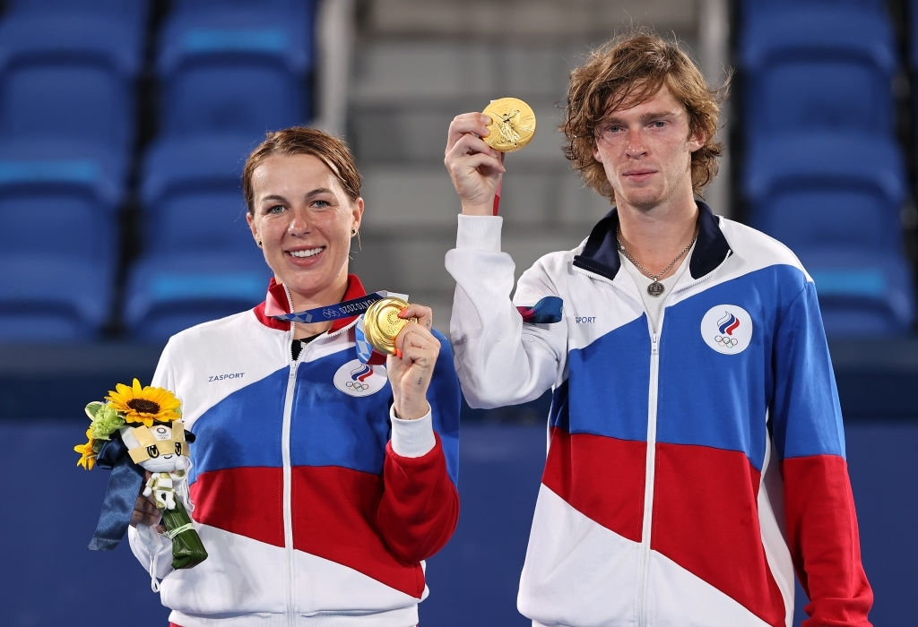 Tokyo 2020: All-ROC mixed doubles final witnesses all-new pairing Pavlyuchenkova/Rublev win gold