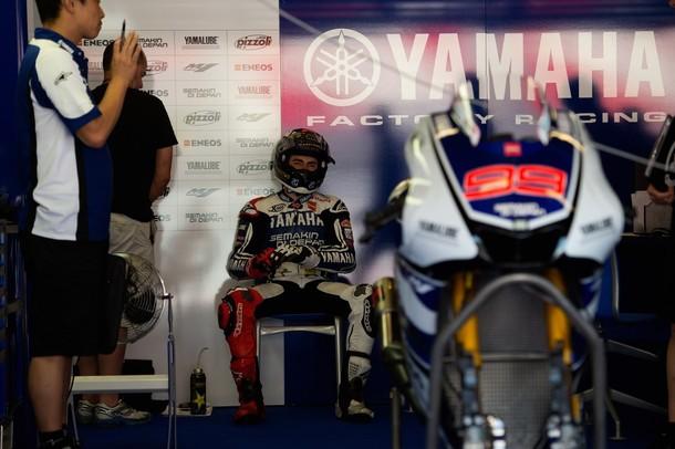 Jorge Lorenzo renueva con Yamaha por dos temporadas más