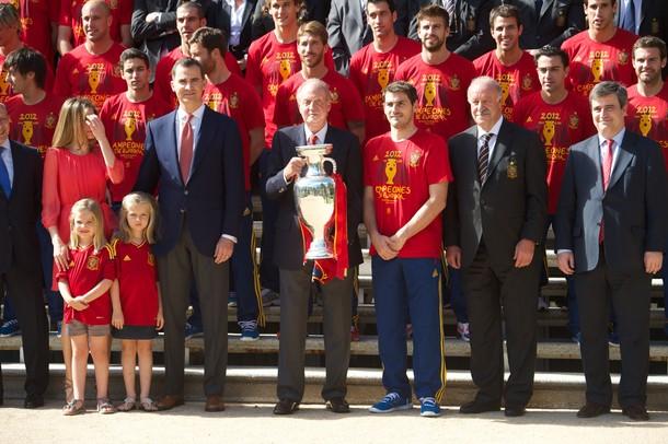 La selección española fue recibida por el Rey