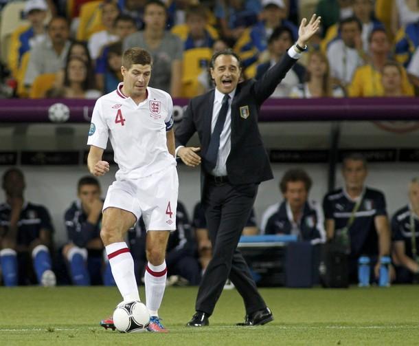 """Gerrard: """"Creo que hemos hecho que el país pueda sentirse orgulloso de nosotros"""""""