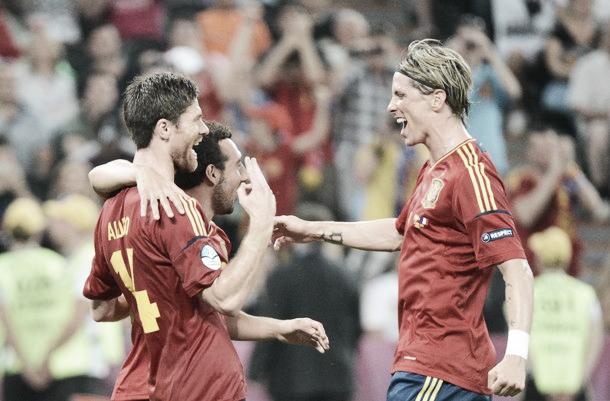 Primera victoria oficial de España ante Francia con billete a semifinales