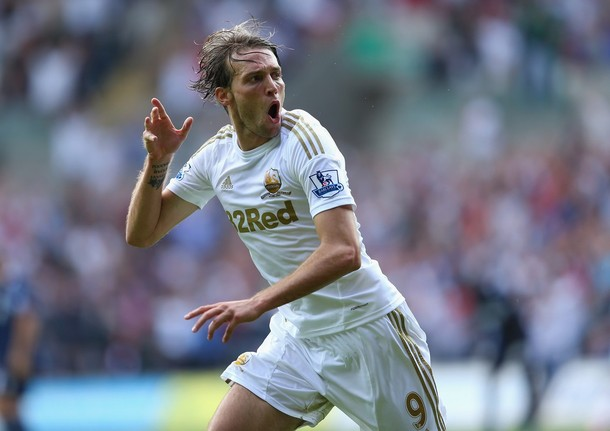 Swansea City 3-0 West Ham: fútbol total en Gales