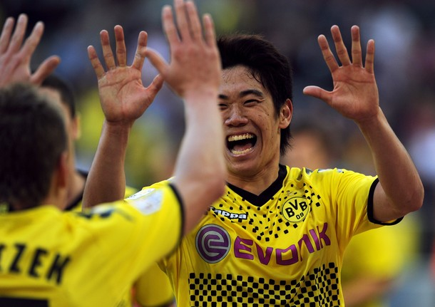 Kagawa écrase Cologne, Cacau signe son retour