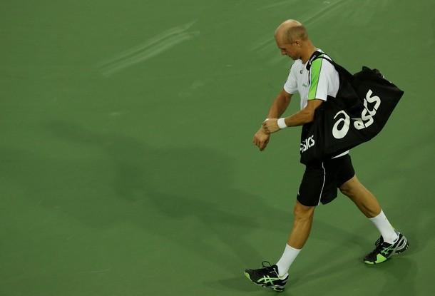 Davydenko allana el camino de Djokovic