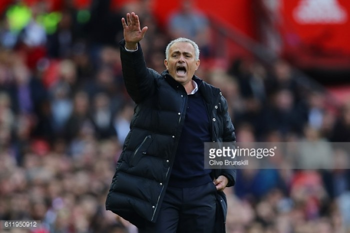 Sheringham warns Mourinho he must win trophies at Manchester United