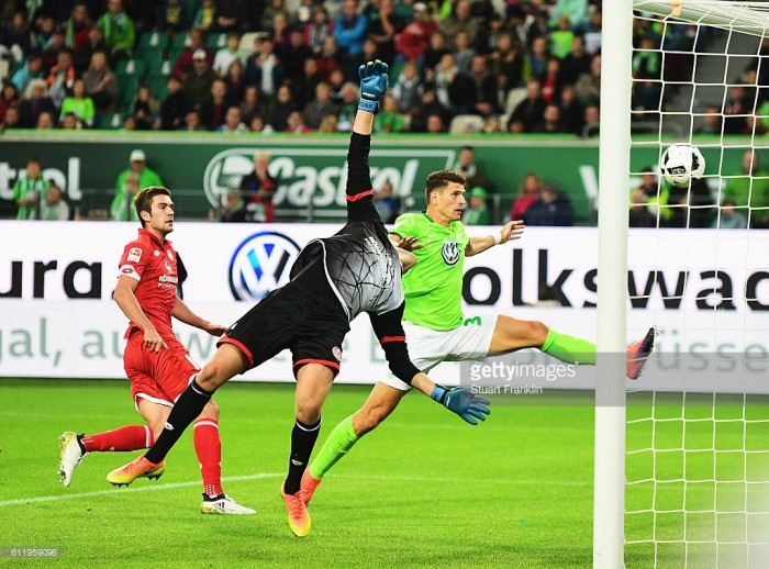 VfL Wolfsburg 0-0 1. FSV Mainz 05: Gómezand Draxler misfire as Wolves draw another blank