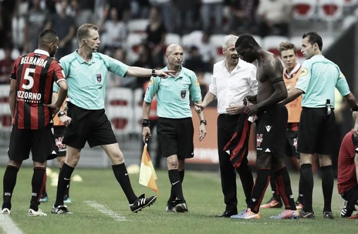 Árbitro admite erro em expulsão e Balotelli poderá ter cartão vermelho cancelado