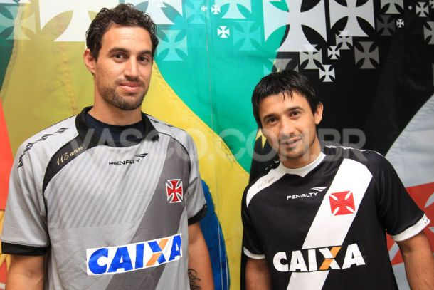 Vasco se reapresenta com caras novas e espera por Juninho