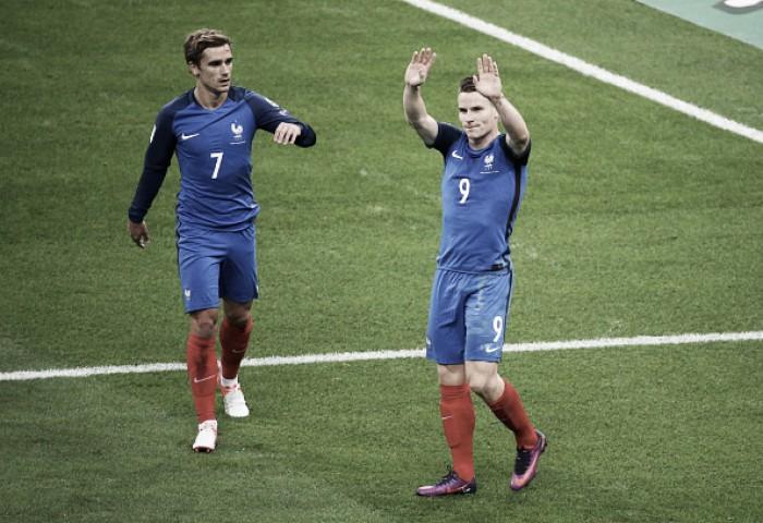 Gameiro marca duas vezes, França bate Bulgária e vence primeira nas Eliminatórias Europeias