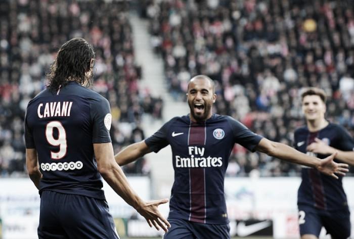 Com gols de Lucas e Cavani, PSG sofre para vencer Nancy e assume a vice-liderança da Ligue 1