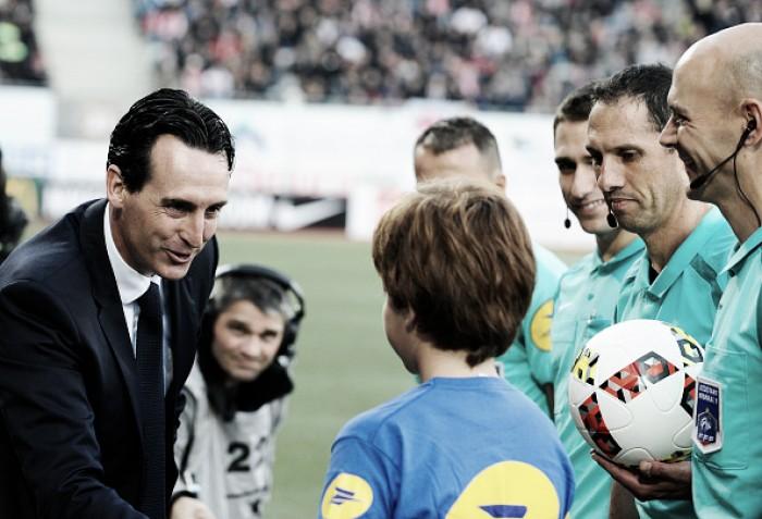 Técnico Unai Emery elogia bom trabalho defensivo do PSG na vitória diante do Nancy