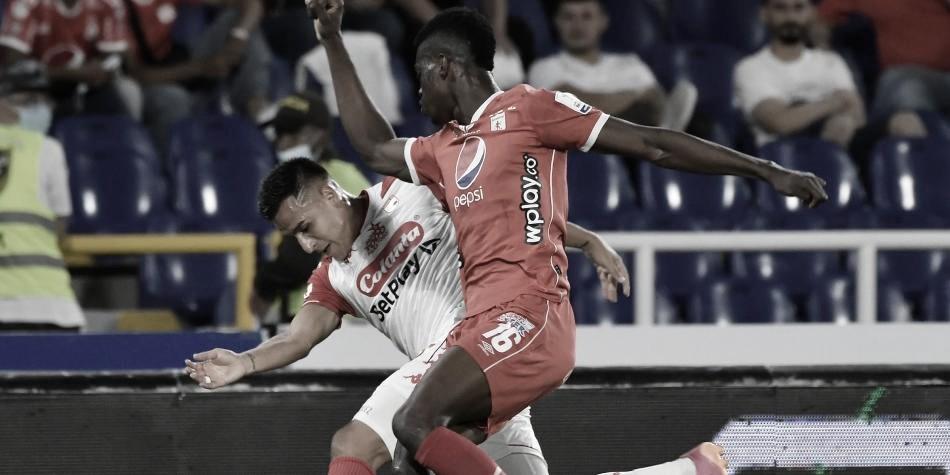 Santa Fe remonta y se lleva el primer partido por la Superliga