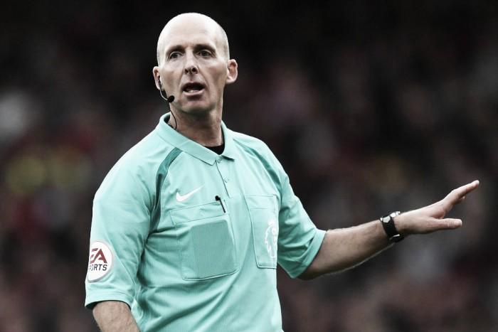 Los árbitros designados para la primera jornada de la Premier League 2017/18