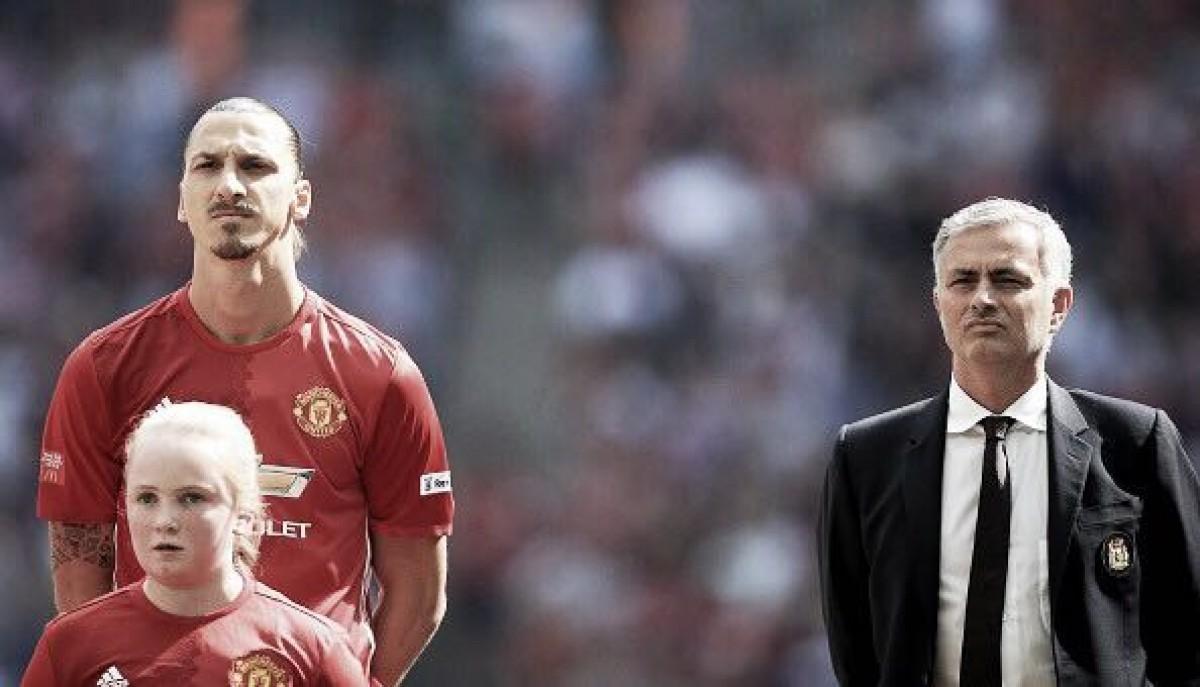 Mourinho acredita que Ibrahimovic deixará o Manchester United