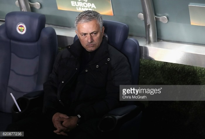 Mourinho frustrated at lack of concentration from his Manchester United players in Istanbul