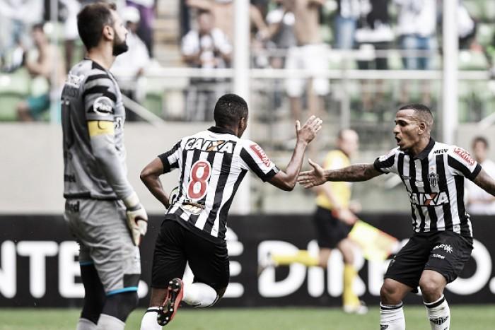 Luz do Horto acaba, Atlético-MG vira sobre Grêmio e depende do Flamengo para ir à Libertadores
