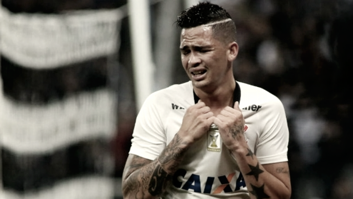 Fluminense negocia e está próximo de acertar com atacante Luciano, ex-Corinthians