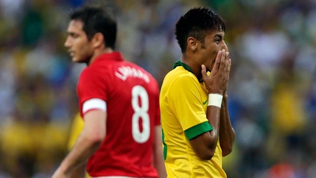 Brasil joga melhor, mas só empata com a Inglaterra na reestreia do Maracanã