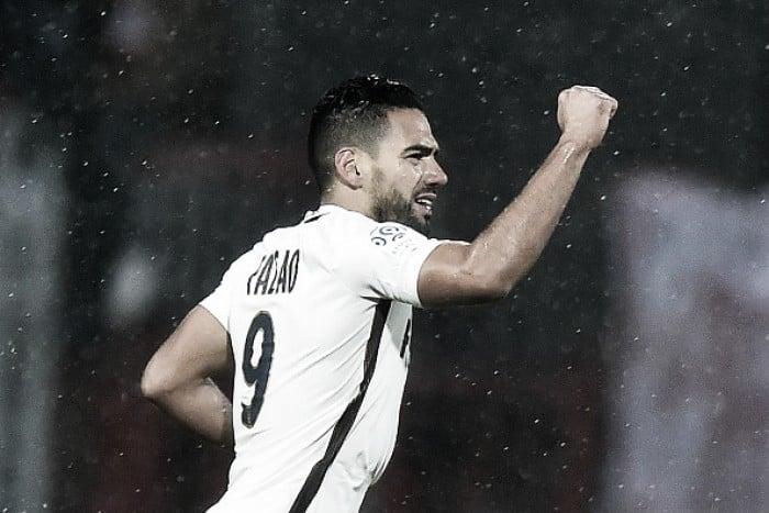 Com gols de Falcao e Boschilia, Monaco vence Lorient e assume liderança provisória