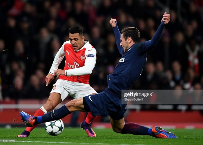 Arsenal vs Paris Saint-Germain: PSG claim vital point - as it happened