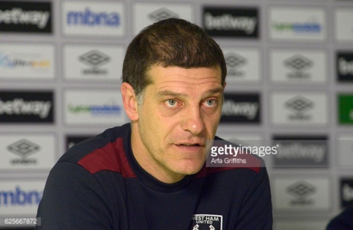 Slaven Bilic not fearful of pressure on position, ahead of Manchester United clash