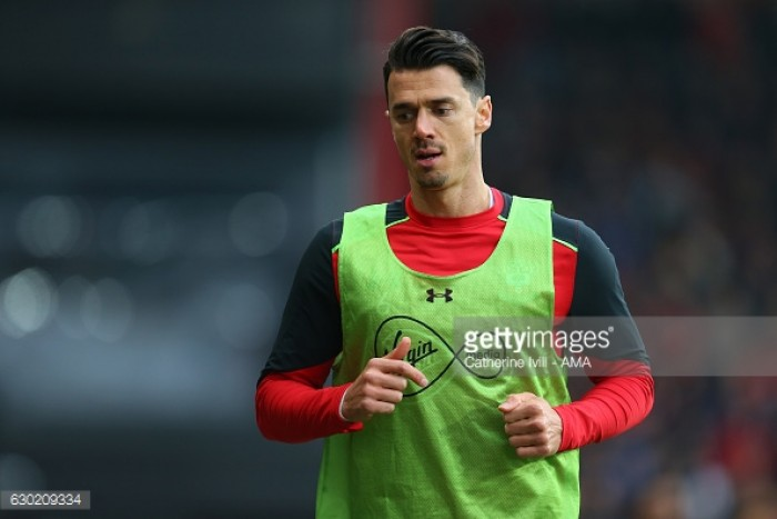 Southampton captain Jose Fonte hands in transfer request