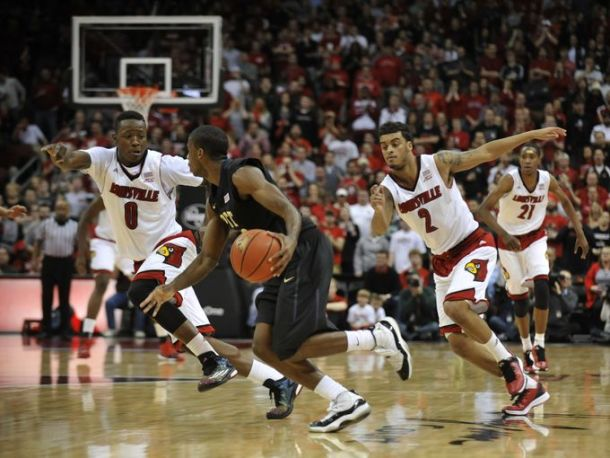 #9 Louisville Surges Past Pittsburgh With Huge Second Half