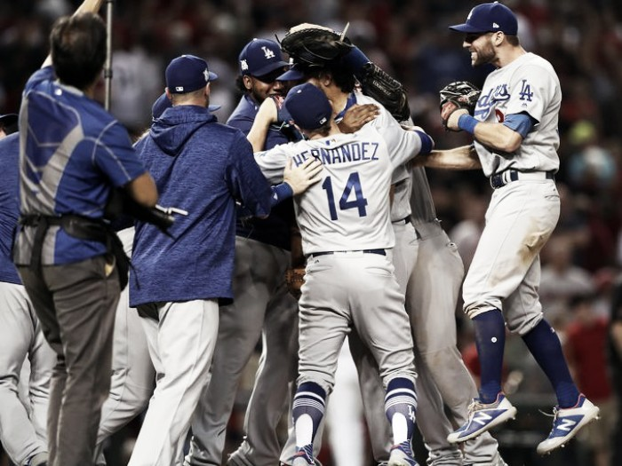 Los Angeles Dodgers sweep Arizona Diamondbacks to advance to National League Championship Series