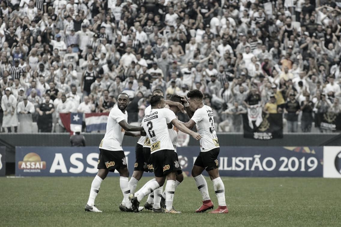 Corinthians vence Oeste e garante classificação às quartas do Paulistão