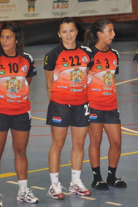 """Bea Sánchez: """"El balonmano no te asegura un futuro, solo te deja vivir el momento"""""""