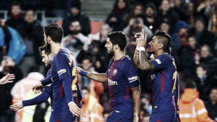 Paulinho marca, Barcelona vence Levante e segue invicto na La Liga