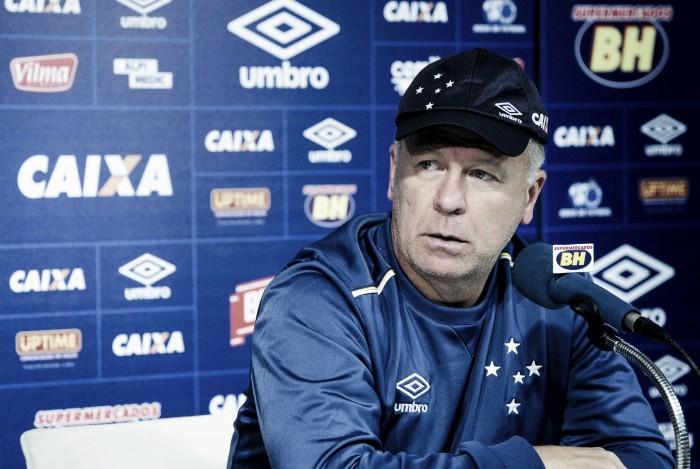 Mano Menezes reafirma empenho no Brasileirão e projeta Cruzeiro no G-4