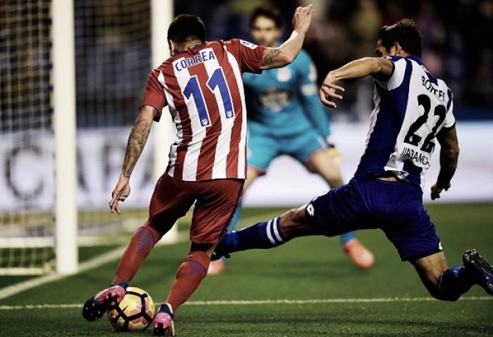 Instável, Atlético de Madrid visa regularidade na temporada contra La Coruña