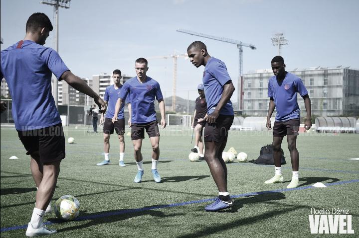 El Barça B se entrena antes de viajar a Ejea