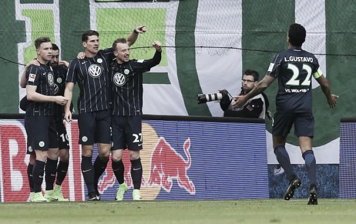 Wolfsburg derrota RB Leipzig fora de casa e respira contra rebaixamento