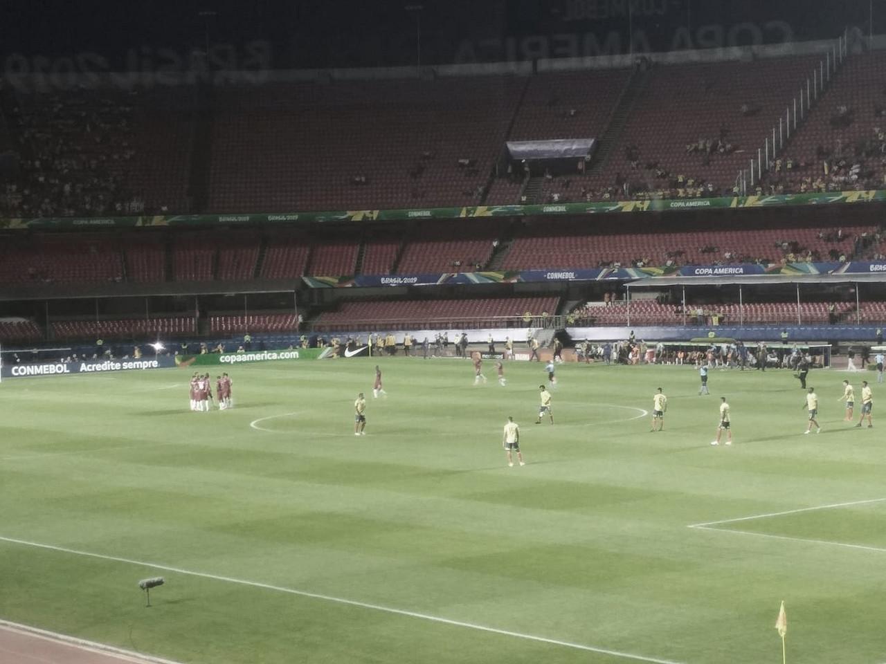 Zapata marca no final, Colômbia bate Catar e se classifica para às quartas da Copa América