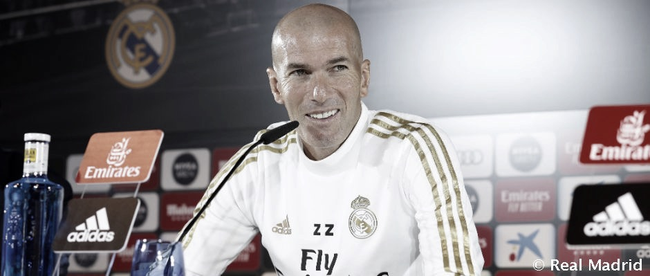 """Zidane: """"Estoy muy contento por Vinicius porque necesitaba este gol"""""""
