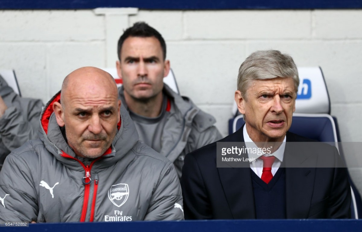 Bould backs Wenger ahead of Stoke clash