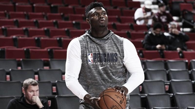 Ala-pivô do New Orleans Pelicans, Zion Williamson deve estrear no próximo dia 22, diz David Griffin