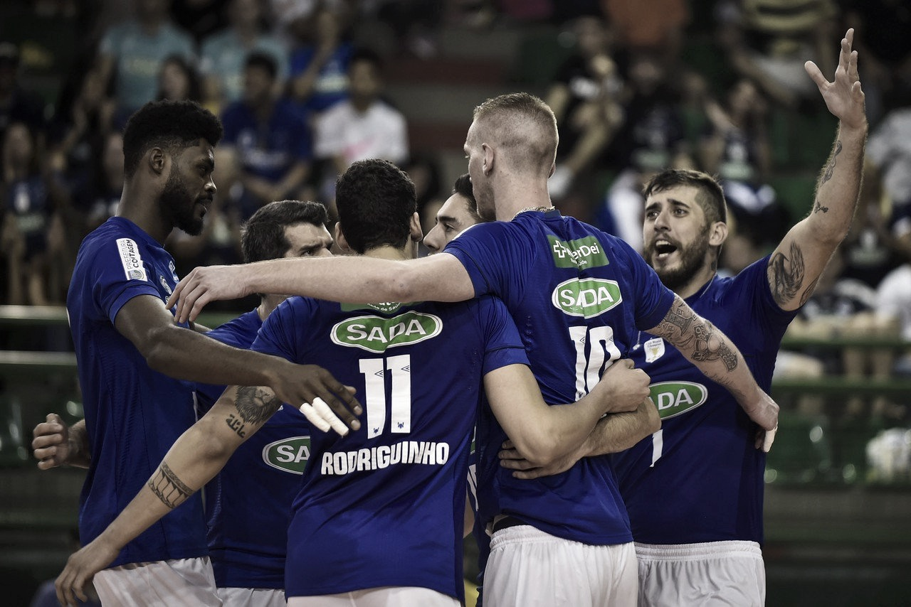 Em jogo acirrado, Sada Cruzeiro vence Maringá e sai na frente nas quartas da Superliga