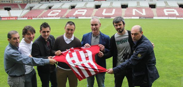 La UD Logroñés presenta a su nuevo cuerpo técnico