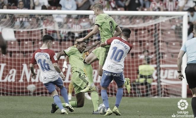 El Almería se estrella en Gijón