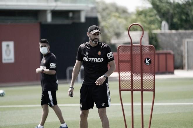 """Vicente Moreno: """"Todas las cuentas que hacemos pasan por ganar"""""""