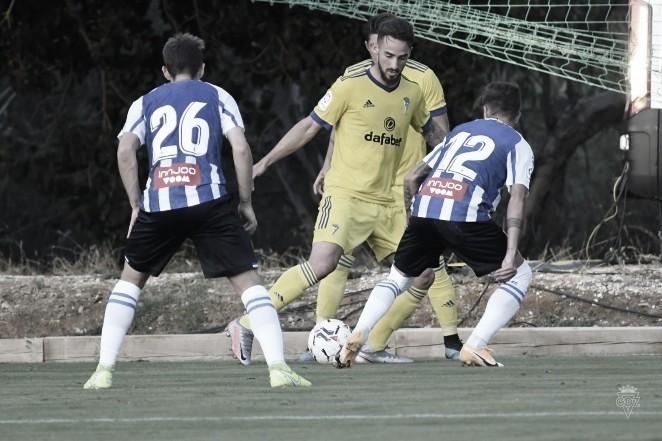 Javi Navarro y Matos se marchan cedidos hasta final de temporada