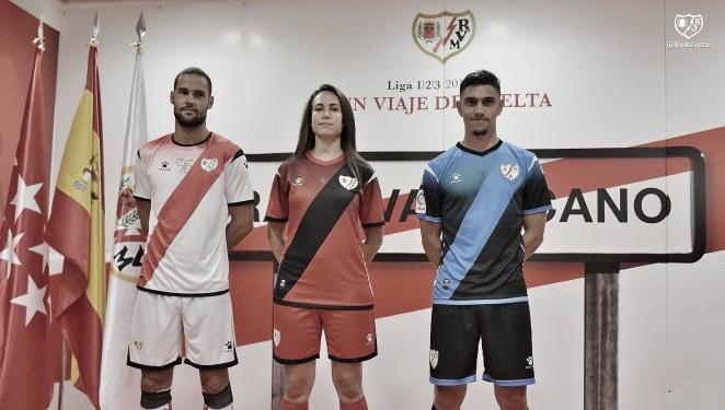 En la tienda oficial del Rayo Vallecano aún no hay las nuevas camisetas