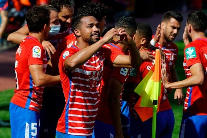 Yangel Herrera celebra su tanto ante el Sevilla. FOTO: Granada CF / Pepe Villoslada