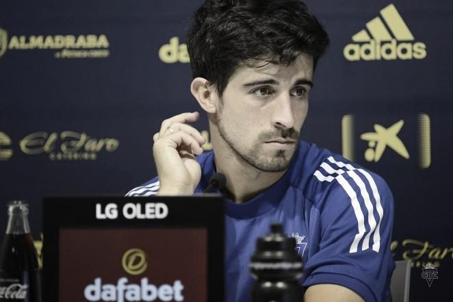 Jairo compareciendo en rueda de prensa / Foto: Cádizcf.com