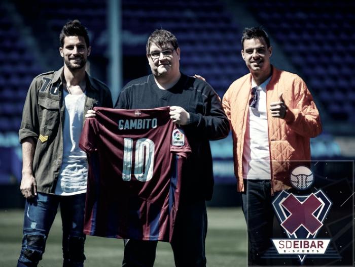El Eibar presenta su equipo de PS4